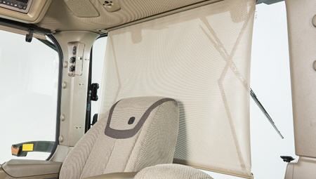 RE593670 sun shade shown