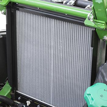 Radiator weergegeven met verwijderd vuilrooster