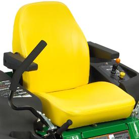 De veiligheidsschakelaar bevindt zich onder de stoel (Z540R getoond)