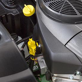 Controle/vulbuis voor de motorolie en buis voor het aftappen van de olie