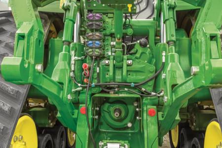 Alle hydraulische instellingen worden gemakkelijk bediend via het CommendCenter™ display