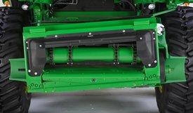 Model S790 wyposażony w przenośnik pochyły z funkcją przechyłu bocznego