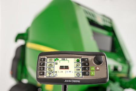 Łatwy w sterowaniu i atrakcyjny monitor Implement Display 1100