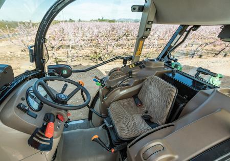 Przeprojektowane wnętrze fabrycznie montowanej kabiny o niskim prześwicie 5GL