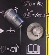 É fácil aceder à válvula de rodagem livre por meio da porca grande situada na parte central da plataforma do operador.