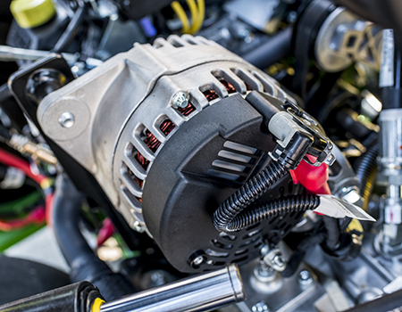 Alternador de 56 V na tripleta híbrida E-Cut 2700