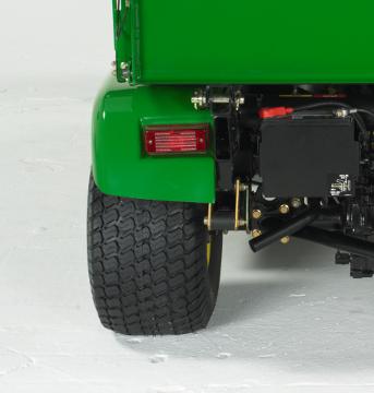 Opções adicionais de pneus e rodas para aplicações de espaços verdes