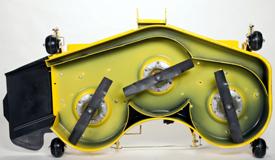 Vista inferior da plataforma de corte HC de 137 cm (54 pol.)