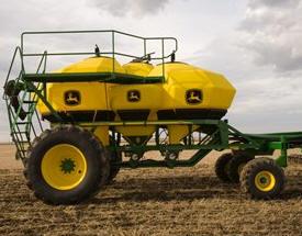 Конфигурация «Трактор-Сеялка-Пневмоприцеп», доступ сзади