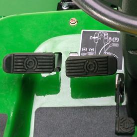 Separata styrbromsar och differentialspärr