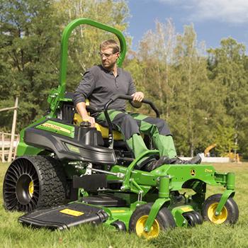 Z994R ZTrak™ gräsklippare med Tweel® luftfria radialdäck som tillval