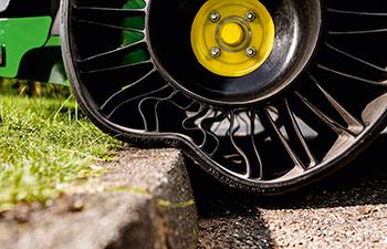 ZTrak™-klippare med punkteringsfria bakdäck