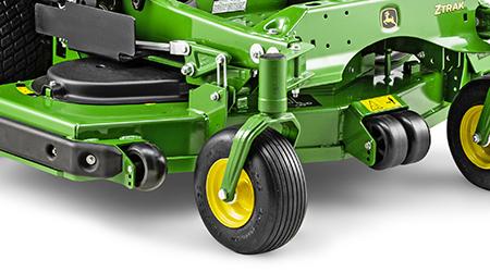 Klippdäckets mellanrullar och höger hjul