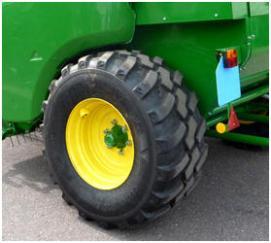 Specialmönstrade 520/55-R22,5-däck