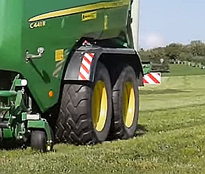 Extra breda 620 mm däck med tandemaxel