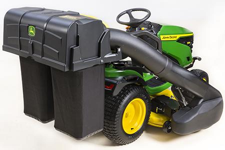 Tolva de 229 l (6,5 bu), rampa y soplador Power Flow™ en un modelo S180