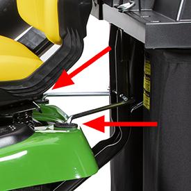 La bolsa de recogida trasera se monta con los puntos CargO Mount™