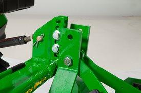 Enganche rápido Quick-Hitch iMatch™ con acoplamiento de segadora rotativa (LVB25976)