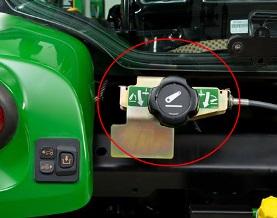Control auxiliar del enganche de 3 puntos (tractor con cabina)